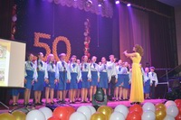 Choir of students from Slobozan School of Aesthetic Education