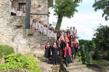 Bodra pesen Uniform choir